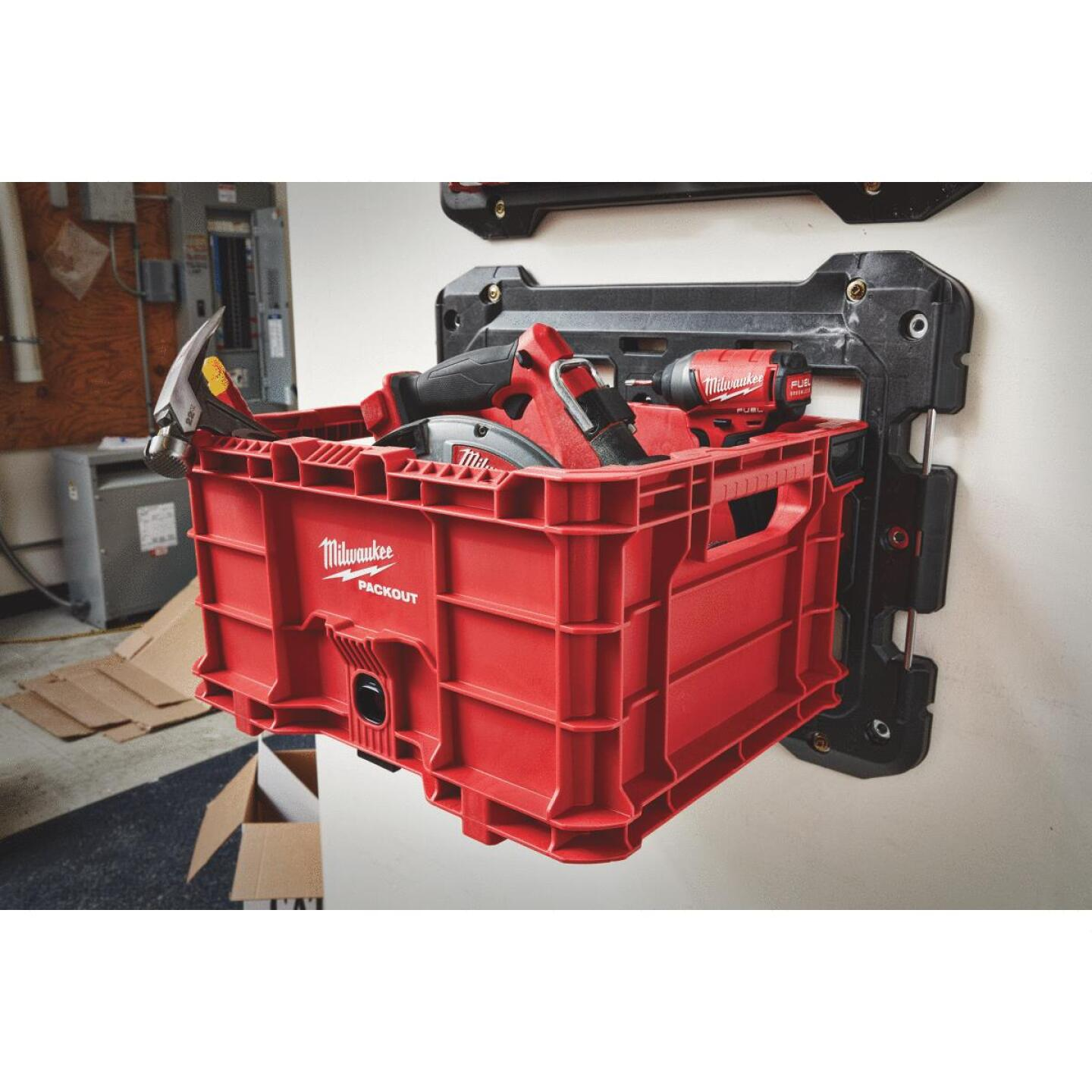 Milwaukee PACKOUT 50 Lb. Red Storage Tote Image 3
