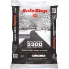 Safe Step Max-Blend 5300 50 Lb. Ice Melt Pellets Image 1
