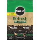 Miracle-Gro Refresh 4.7 Lb. Soil Revitalizer Image 1