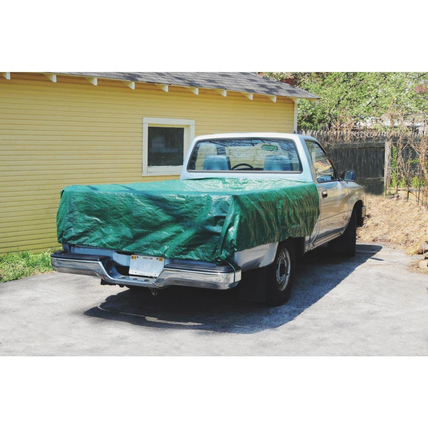 Do it 9 Ft. x 9 Ft. Poly Fabric Green Lawn Cleanup Tarp Image 4
